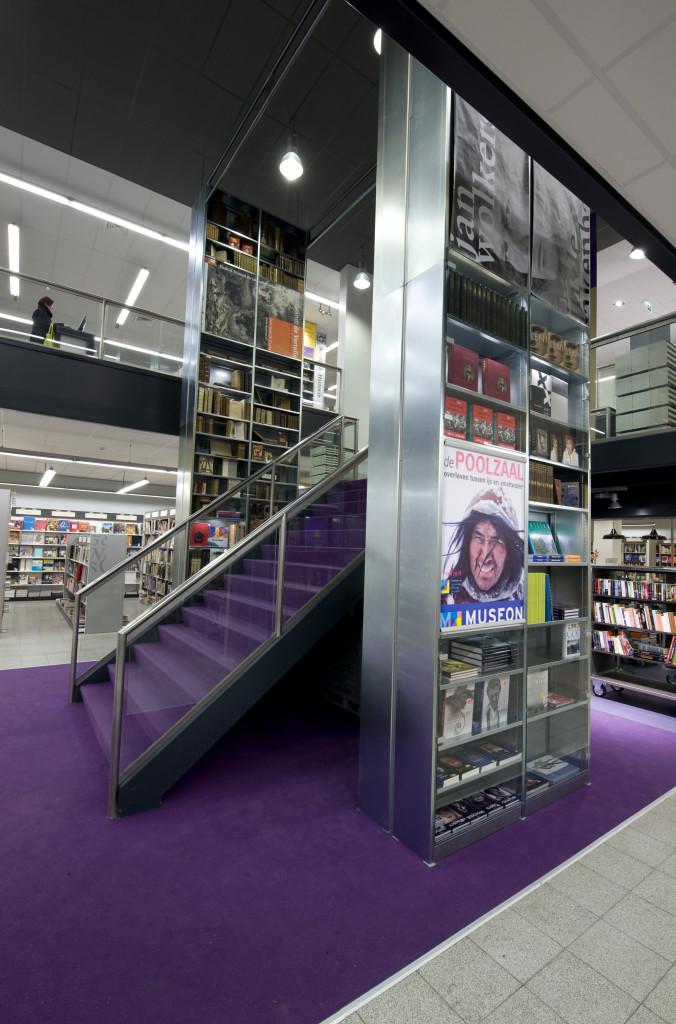 Desarc-namens-Boekhandel De Slegte interieurconcept