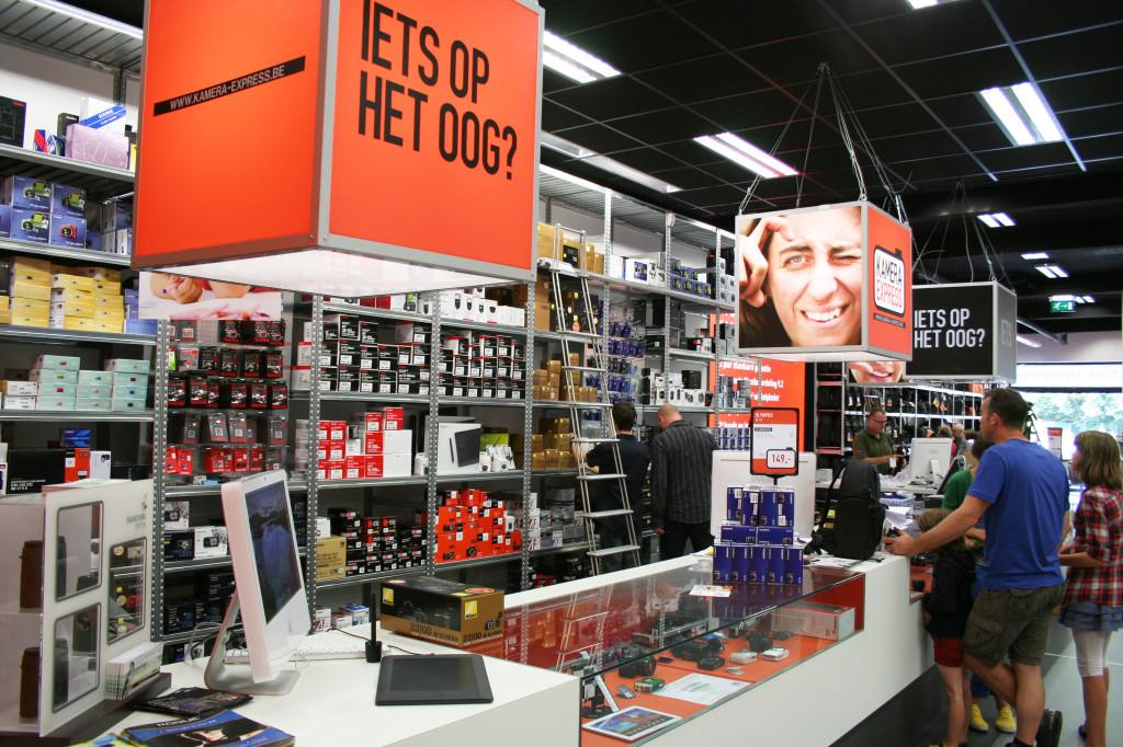 camera retailer counter close